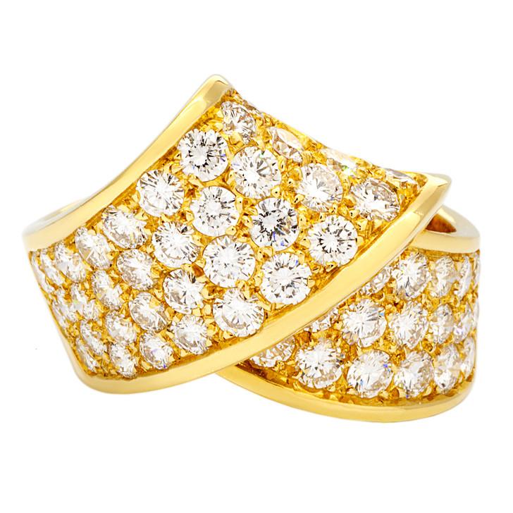 18K Gold 2.65 Carat Pave Diamond Ring