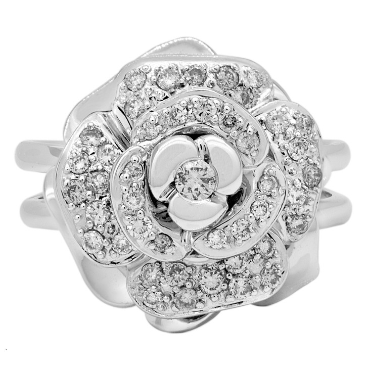 18K White Gold Floral Diamond Ring
