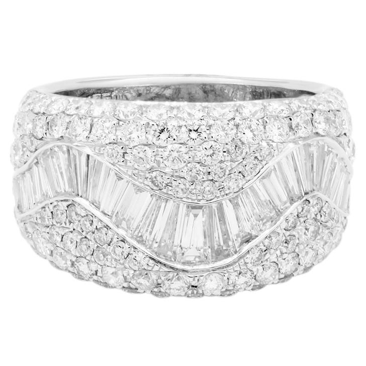 18K White Gold 2.89 Carat Diamond Ring