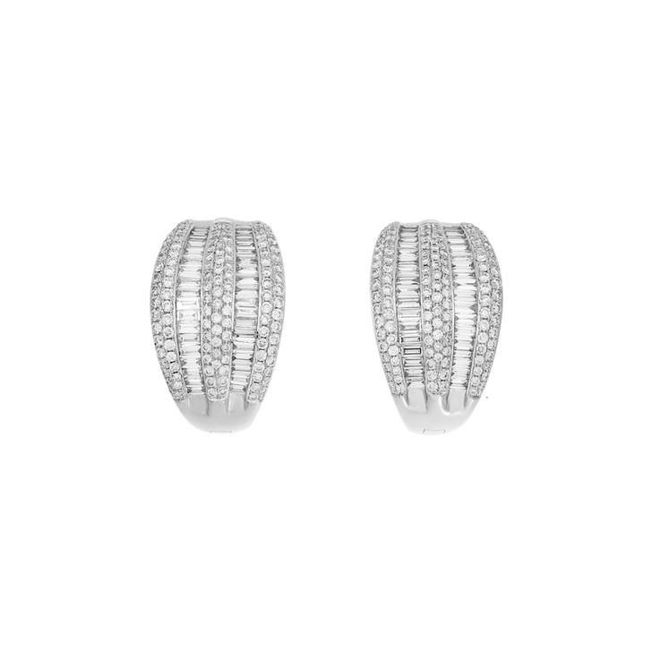 18K White Gold 3.66 Carat Diamond Earrings