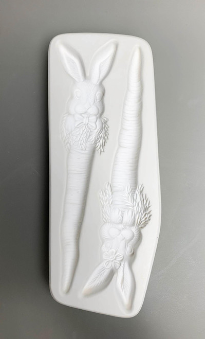 LF225 Bunny Carrot Stake Glass Mold