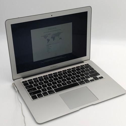 APPLE MACBOOK AIR 2011 MD508LL/A - CORE I5 2ND GEN, 2GB RAM, 64GB SSD - READ