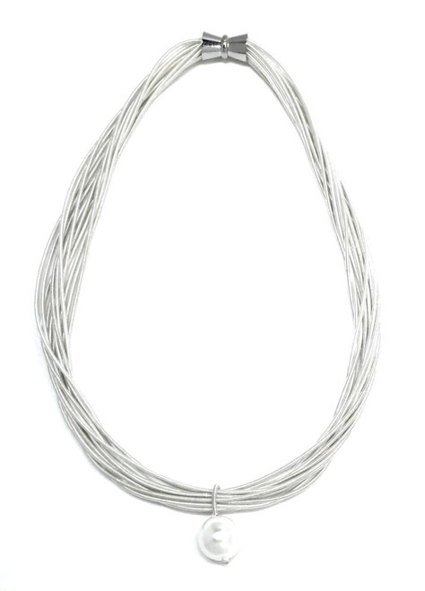 WHITE PIANO WIRE WITH WHITE MOP PEARL DROP