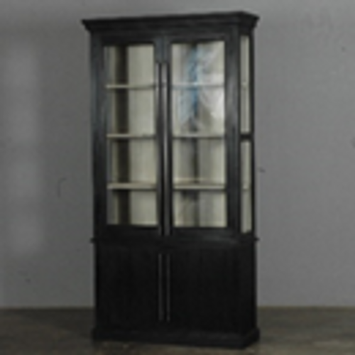 LARGE DISPLAY/CHINA CABINET