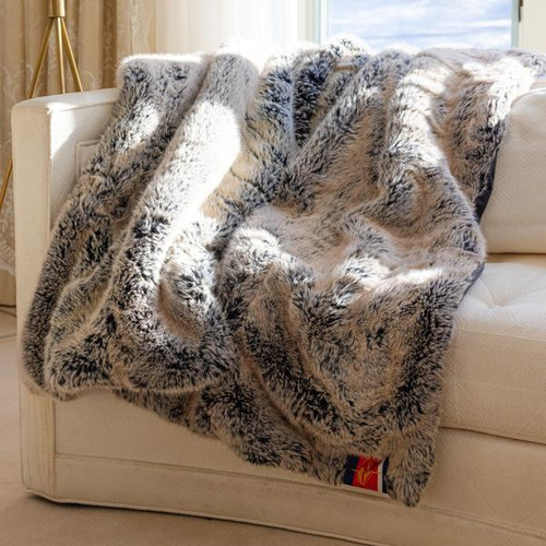 Faux Fur Original Blanket, Silver Fox with Black Backing