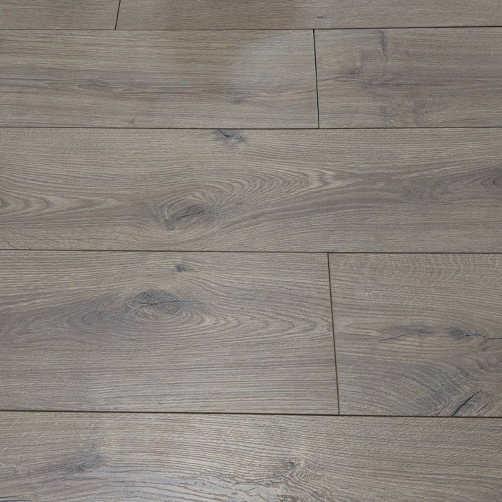 Summer Oak 6813 12.3mm Laminate