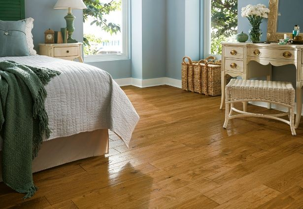 american-scrape-hickory-armstrong-hardwood-flooring.jpg