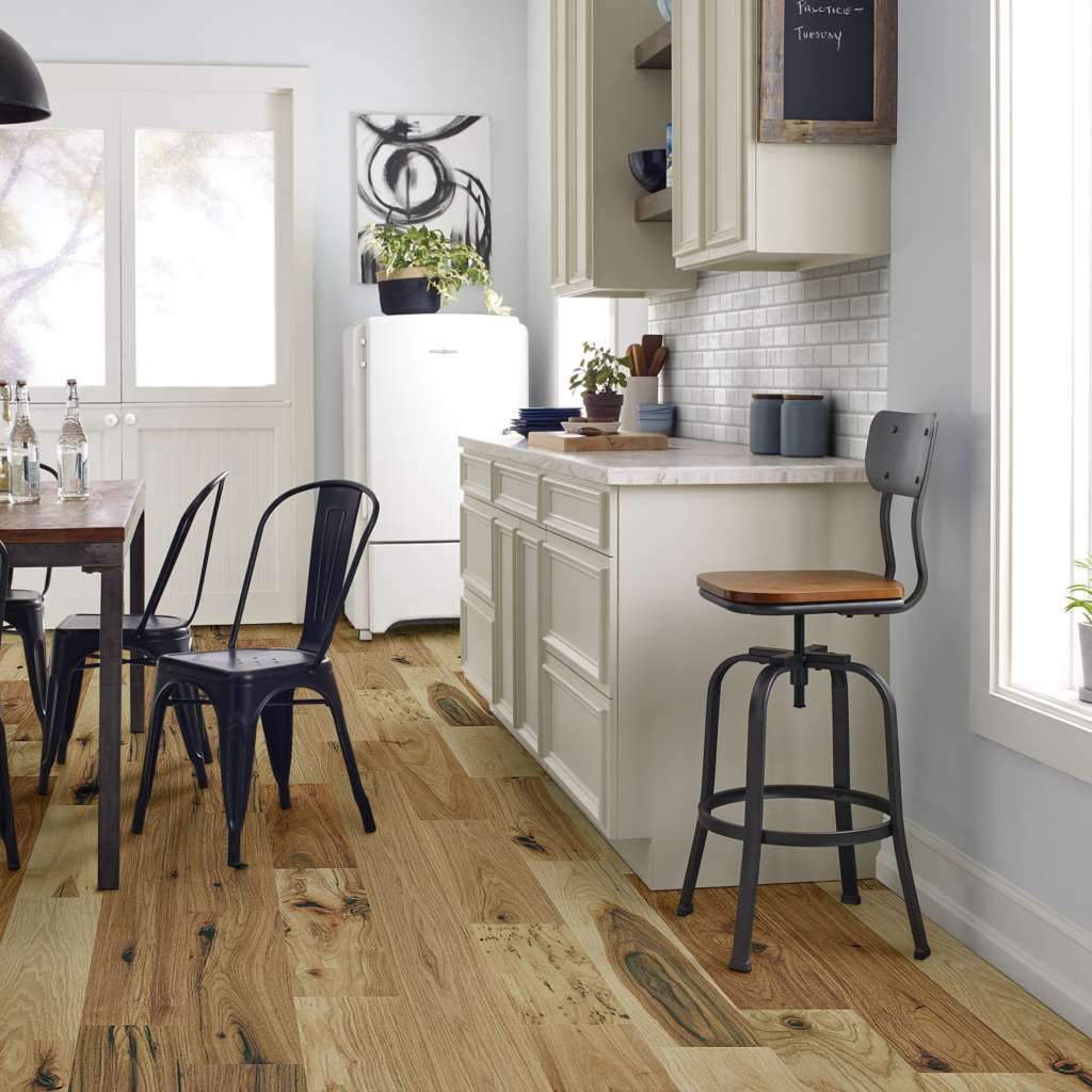 shaw-floorte-exquisite-nat-hickory.jpg