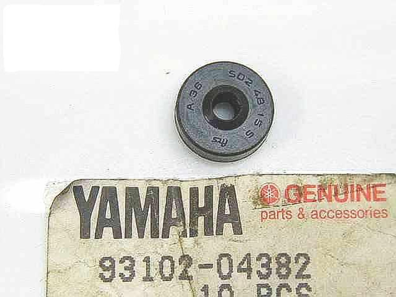 Clutch Push Rod Seal for RD60