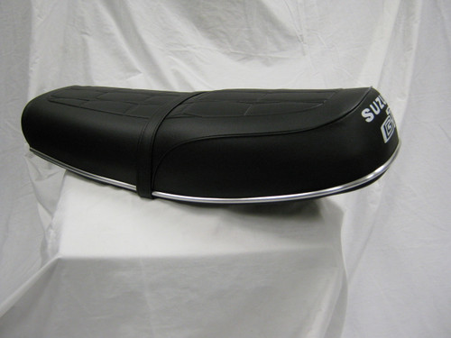 Suzuki GT750 Seat Assembly