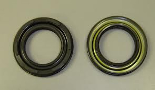 Crank Shaft Seal Right Side (Clutch Side)
