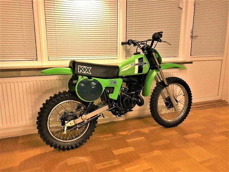 kx80-bl-12-.jpg