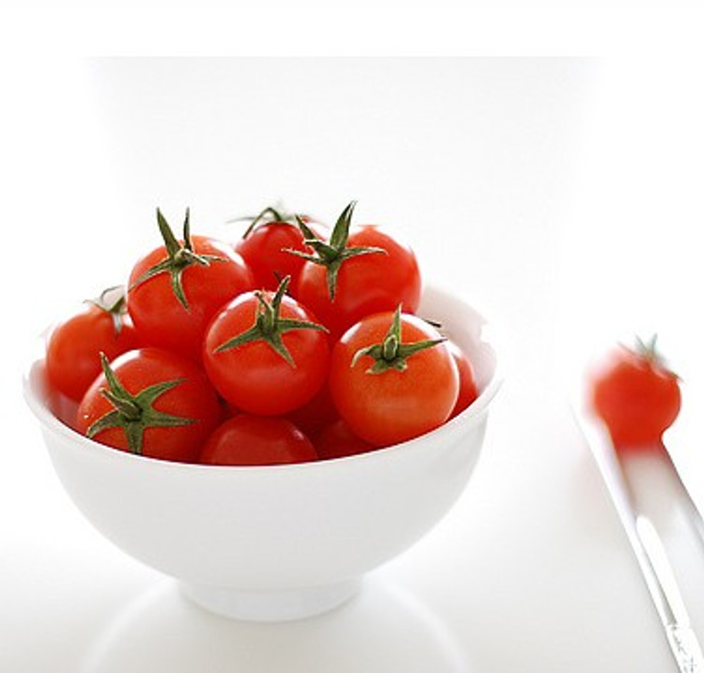 Teacup Red Tomato 10 Seeds - Great for Containers!