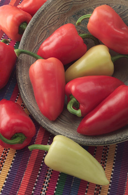 Mariachi Pepper - 10 Seeds - Mildly Hot