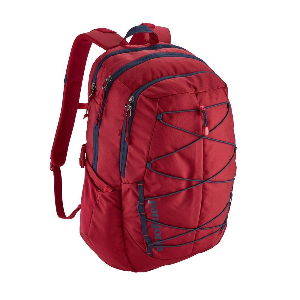 Patagonia Chacabuco Backpack 30L in Classic Red (CSRD)