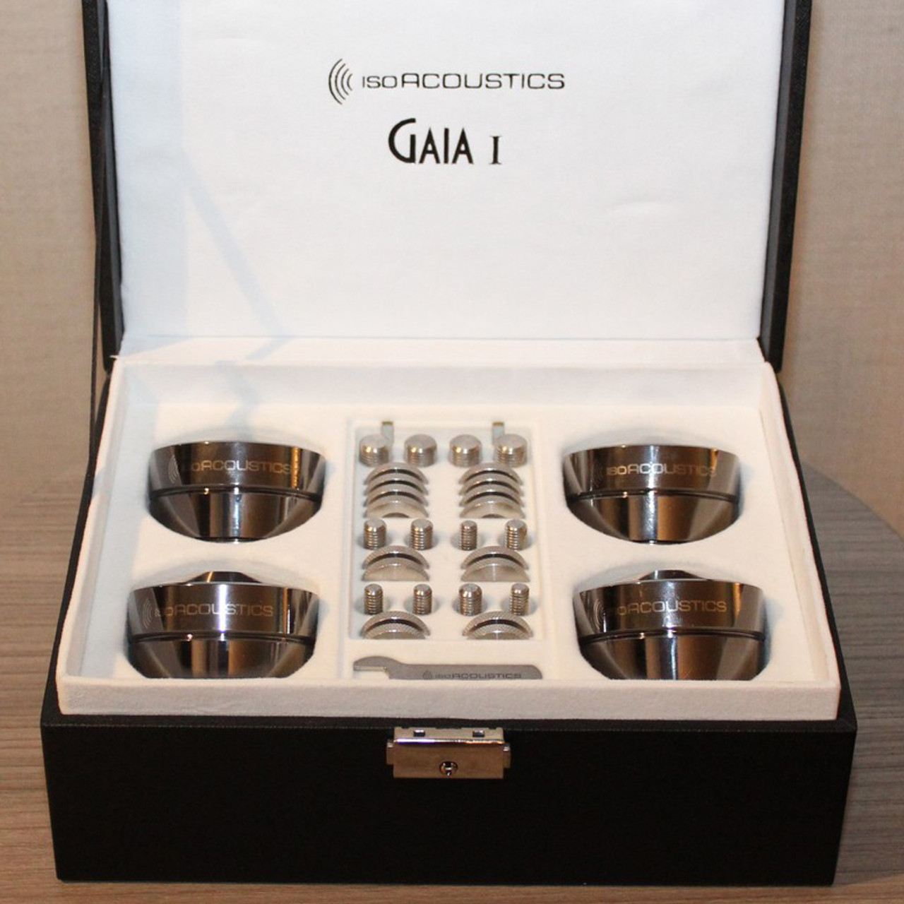 IsoAcoustics GAIA 1 footers