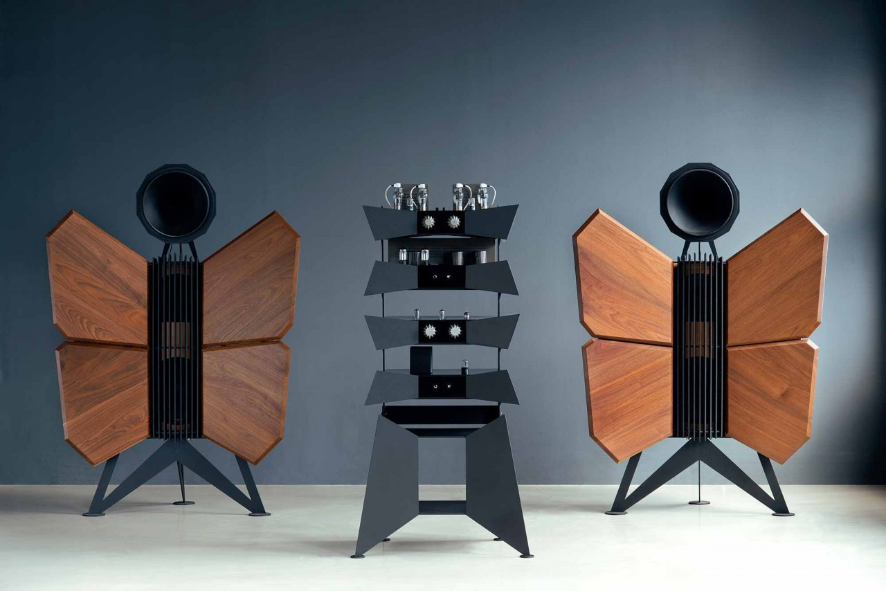 Oswalds Mill Audio Monarch horn speakers