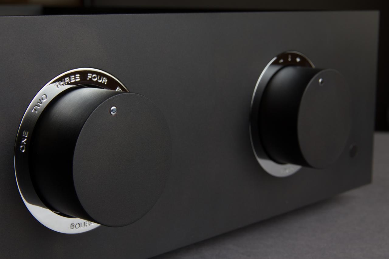The Bespoke Audio Co. Preamplifier Silver wire