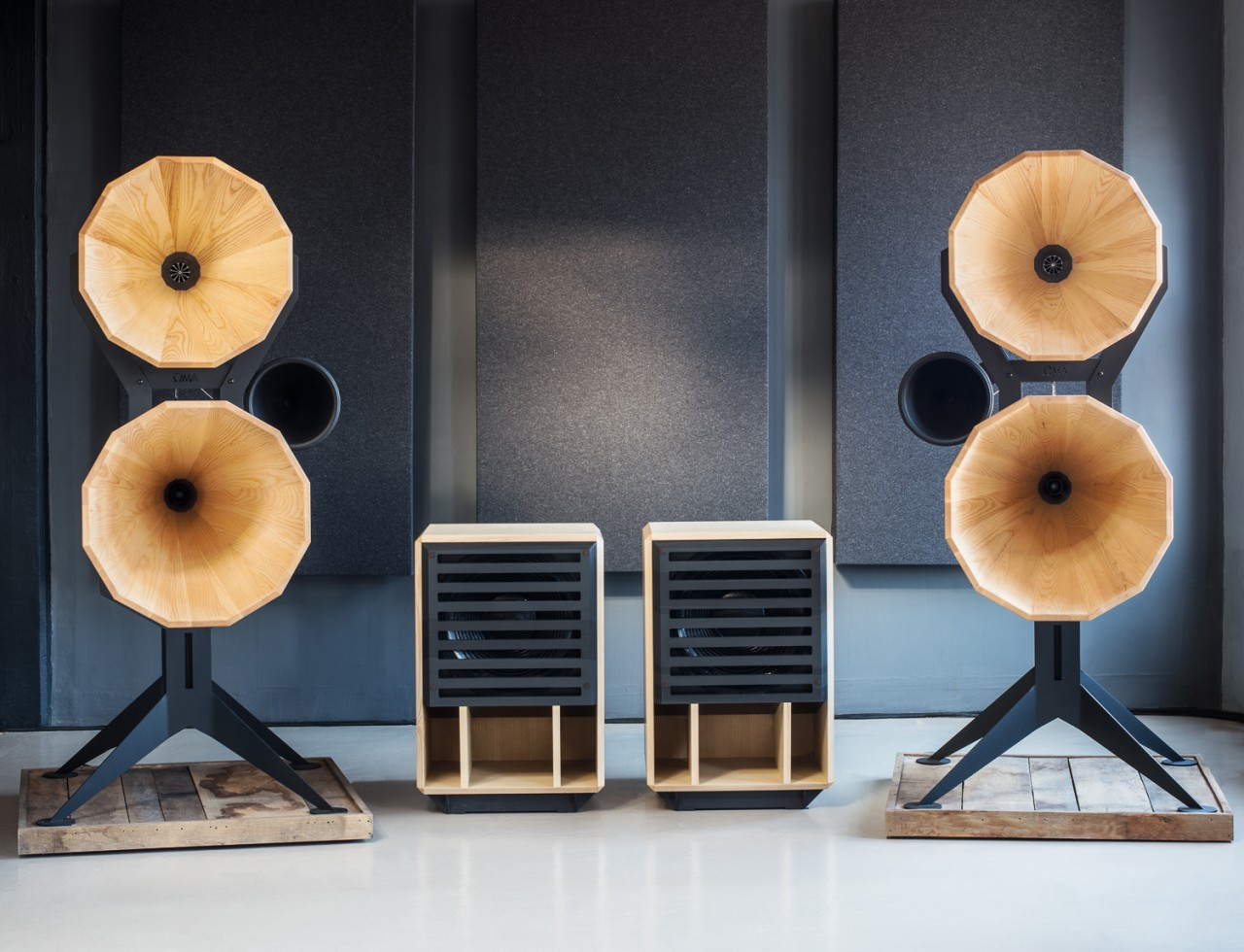 Oswalds Mill Audio Imperia horn speakers