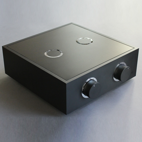 The Bespoke Audio Co. Preamplifier Silver wire