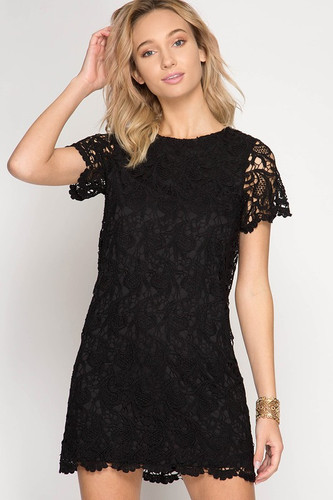 First Class Shift Dress: Black