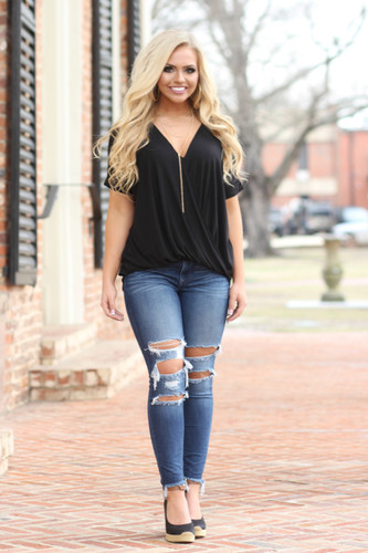 Chic In The City Tee: Black