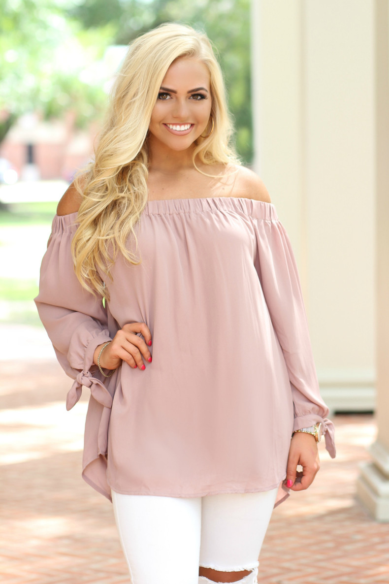 The Emma Cold Shoulder Top: Blush
