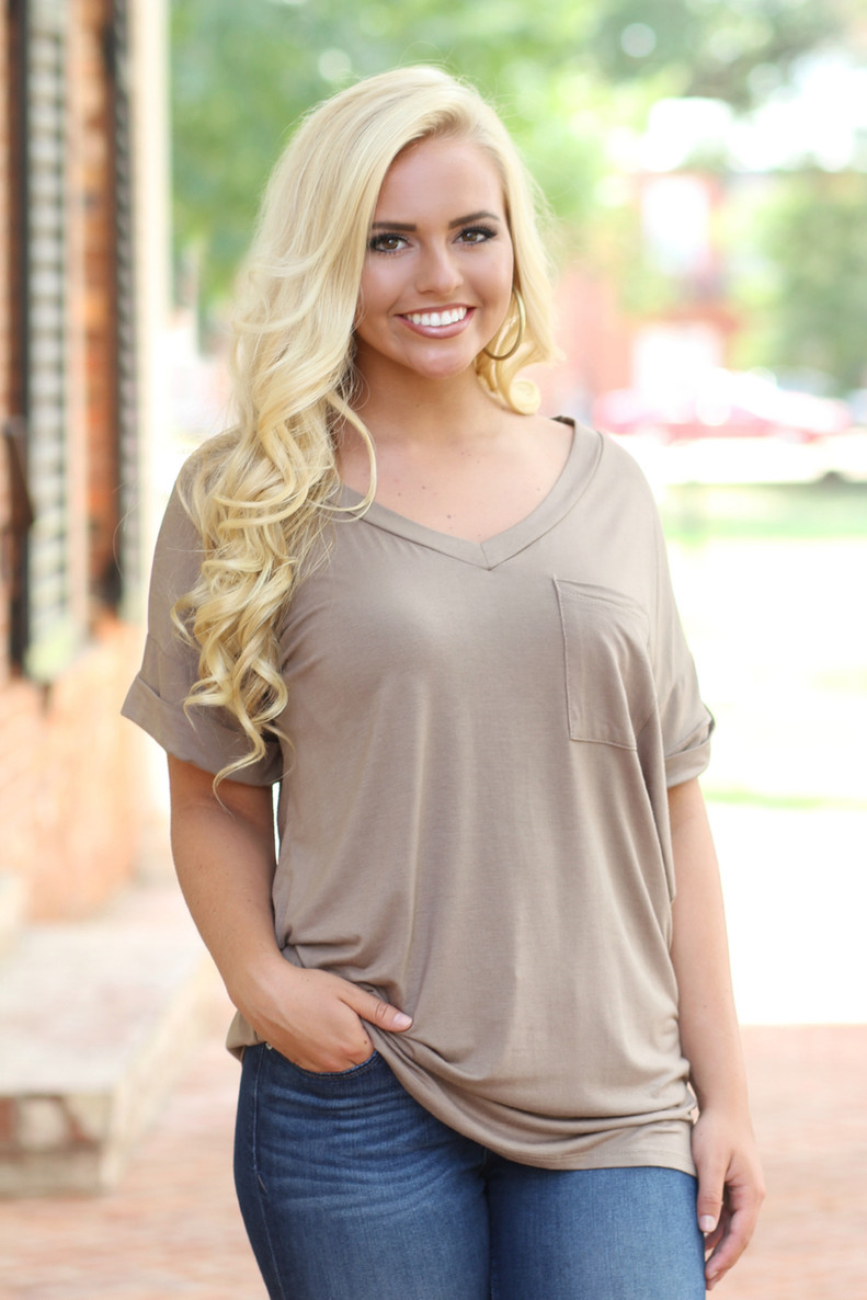 On The Go Tee: Taupe