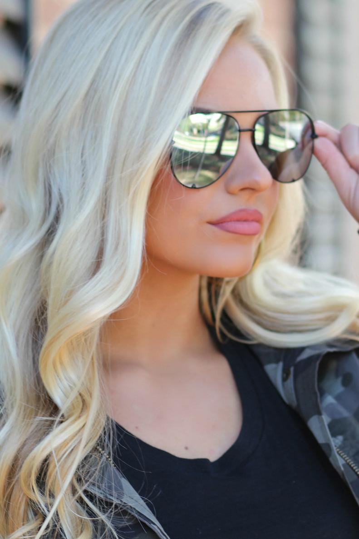 The Luna Sunglasses: Silver/Black