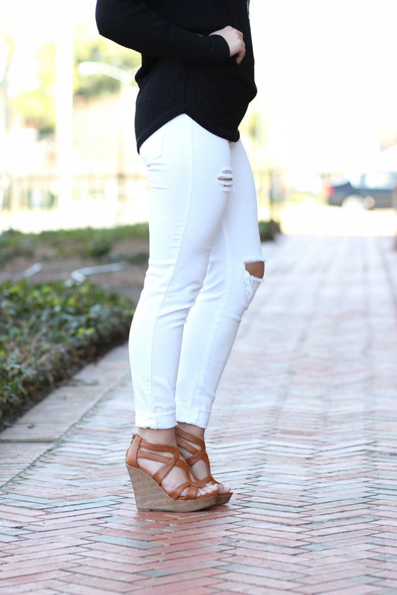 Piper Distressed Skinny Jeans: White