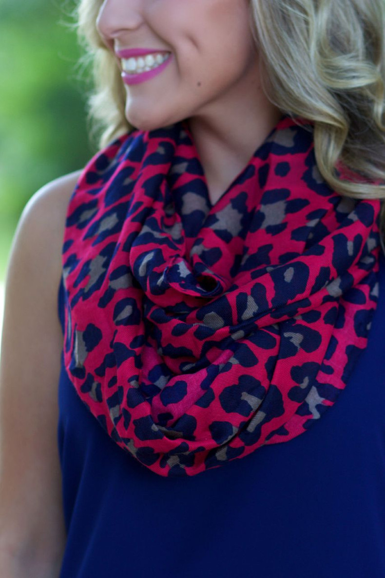Lead The Way Infinity Scarf: Fuchsia