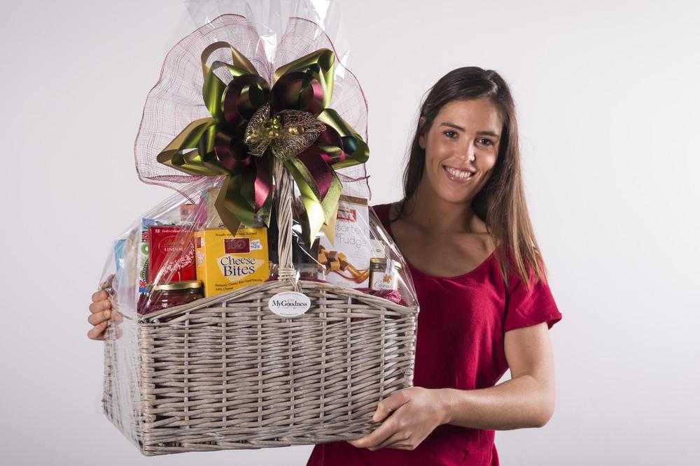 Supreme Gourmet Gift Hamper - premium Housewarming and Thank you gift