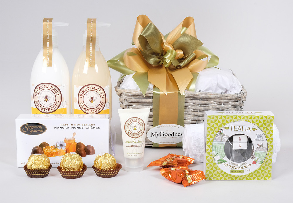 Mum will love this delightful Mothers Day Gift Basket.