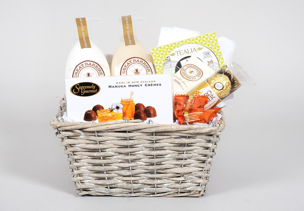 Honey Bee & Tea Gift Basket