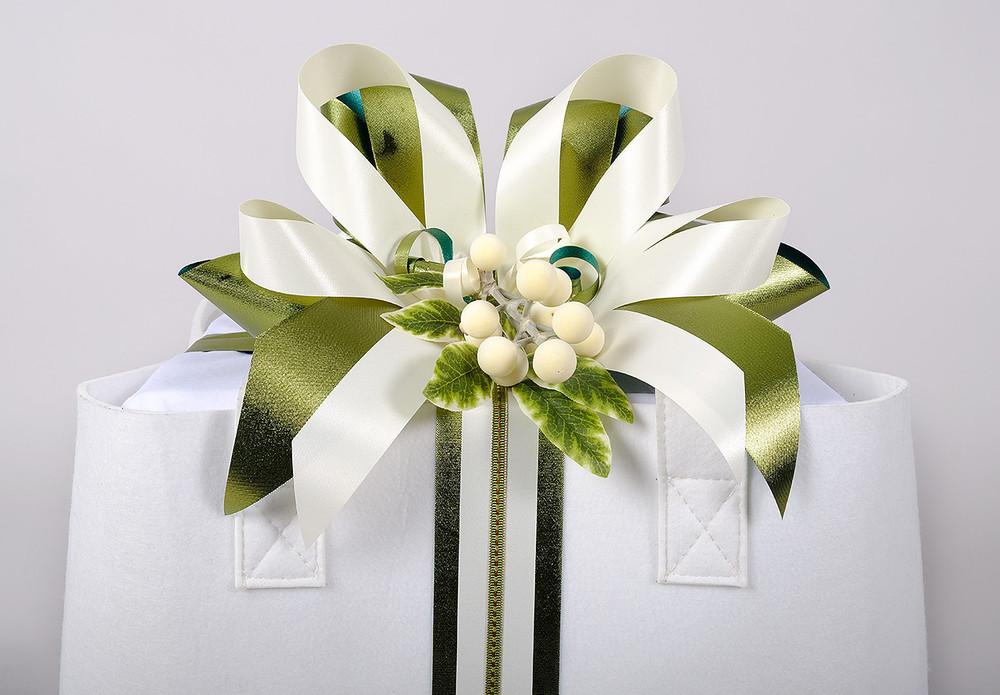 Christmas Extravagance Gift Basket