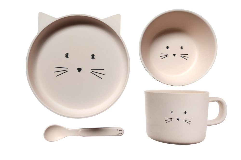 Eco Friendly Bamboo Resin Baby dinner set comes in this sweet Kitten. The set comes complete with a Plate, Bowl, Cup & Spoon for your child's every need.