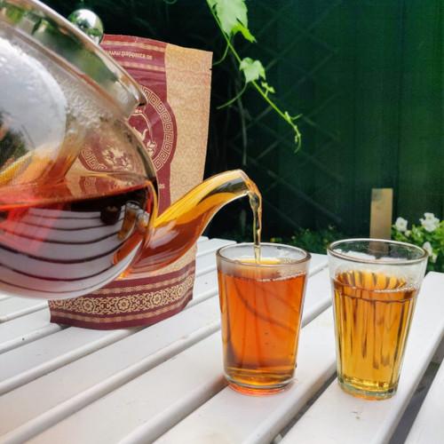 Tekanna i glas med sil och lock i rostfritt