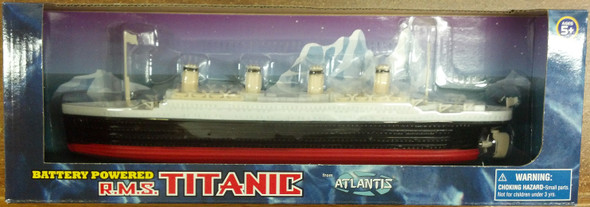 RMS Titanic Battery Powered Toy Atlantis Toy and Hobby