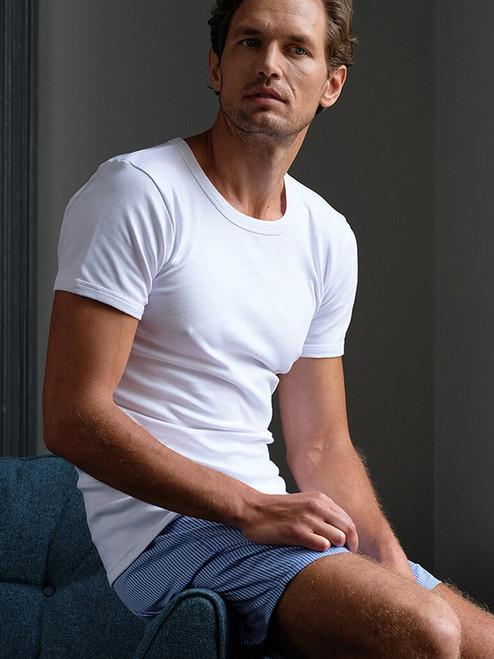 Model Wearing White Vedoneire Interlock Cotton T-shirt