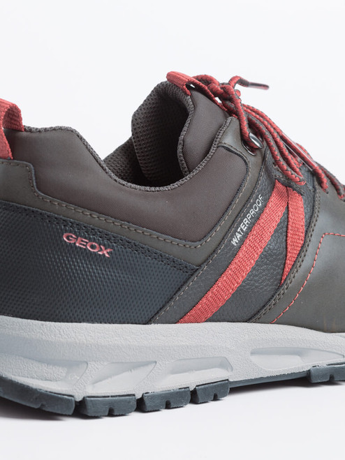 Padded collar on Brown Geox Delray Waterproof Trainers