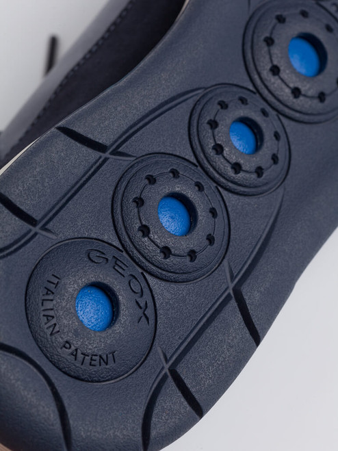 Breathable sole on Navy Geox Spherica Leather Trainers