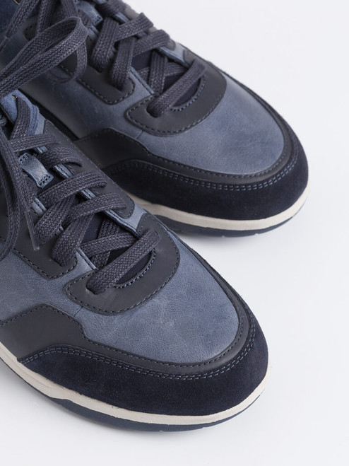 Suede toes on Navy Geox Spherica Leather Trainers