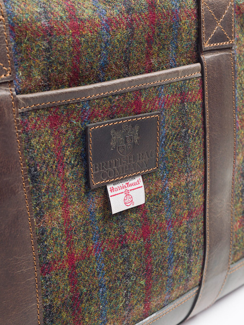 Outer pocket of Harris Tweed & Leather Holdall