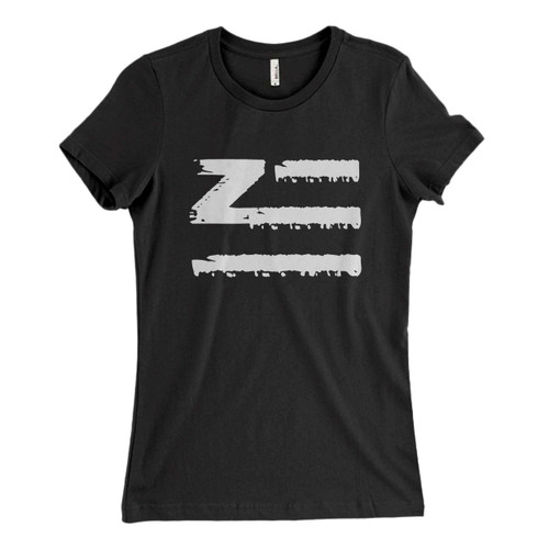 These are Zhu Logo Brush Classic Oriental Women T Shirt that are cute tied to the side or paired with a cardigan or jacket for a more styled look. So comfy and classic, they are sure to make your vacation extra magical.