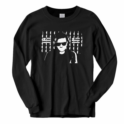 This classic fit Zhu And Skrillex Siluet Long Sleeve Shirt is casually elegant and very comfortable. With fine quality print to make one stand out, it's a perfect fit for every occasion.