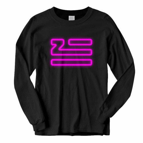 This classic fit Zhu Logo Classic Glow Long Sleeve Shirt is casually elegant and very comfortable. With fine quality print to make one stand out, it's a perfect fit for every occasion.