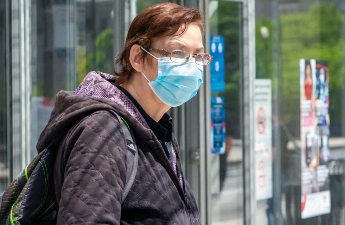 Mandatory mask laws are spreading in Canada