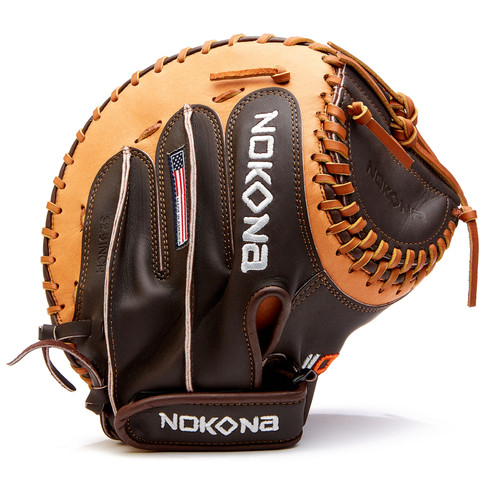 Nokona Alpha Fastpitch 32.5 Softball Catchers Mitt Right Hand Throw