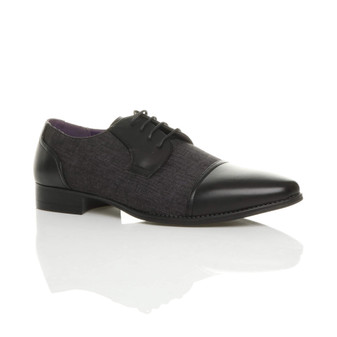 Front right side view of Black PU Pointed Toe Contrast Oxford Shoes