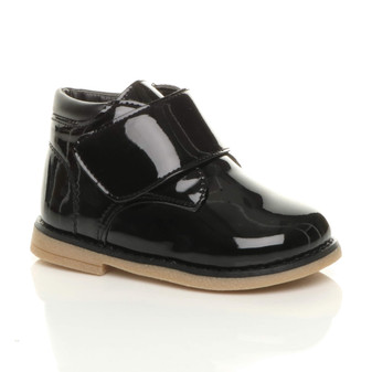 Front right side view of Black Patent Unisex Infants Toddlers Touch Close Strap Desert Boots